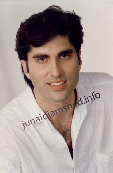 Junaid Jamshed Wife http://aacounterterror.wordpress.com/section-4-why-zaid-hamid-is-a-success-in-pakistani-society/